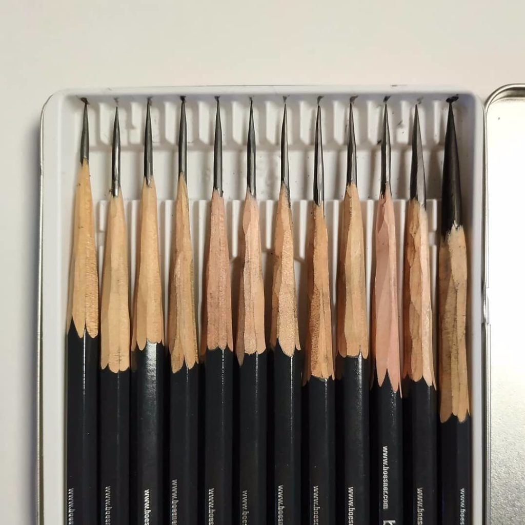 Чем лучше точить карандаши - фото