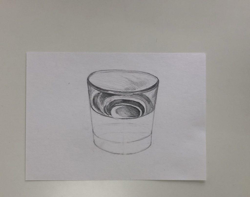 Как поэтапно нарисовать карандашом стакан с водой 2 этап - фото