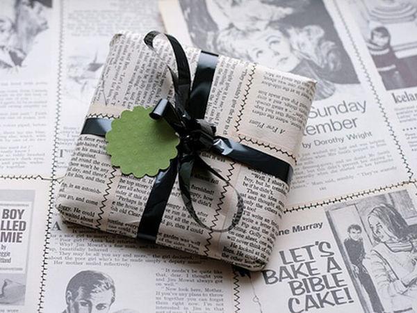 Как упаковать картину в подарочную бумагу - совет 1 - фото