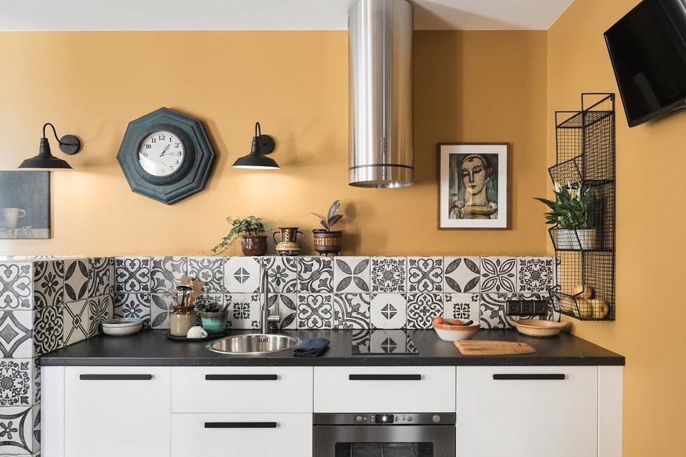 Какие картины подходят для кухни - предметы декора - фото