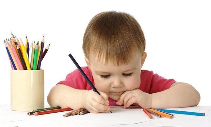 Как научить ребенка рисовать - когда начинать - фото