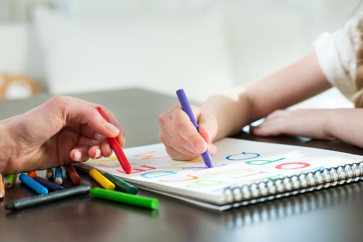 Как научить ребенка рисовать - карандаши для рисования - фото