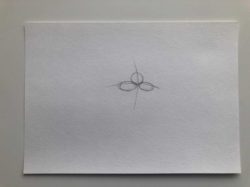 Как нарисовать губы полубоком - этап 1 - фото