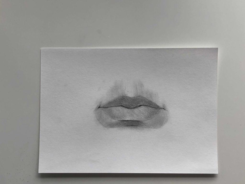 Простой способ нарисовать пухлые губы - этап 3 - фото