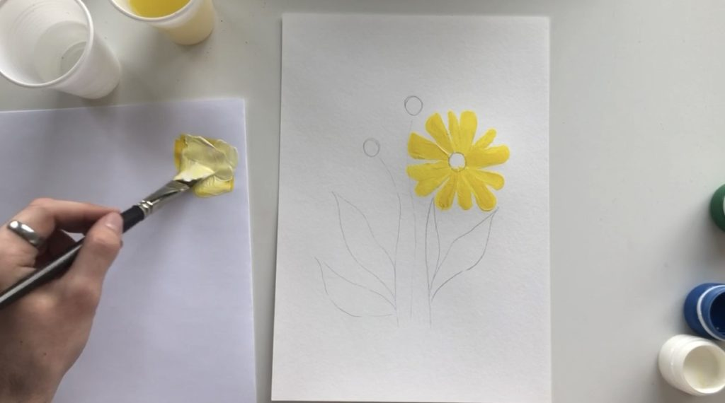 Как научиться рисовать цветы гуашью - этап 2 - фото 3