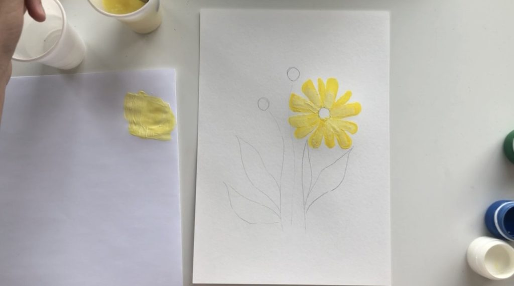 Как научиться рисовать цветы гуашью - этап 2 - фото 4