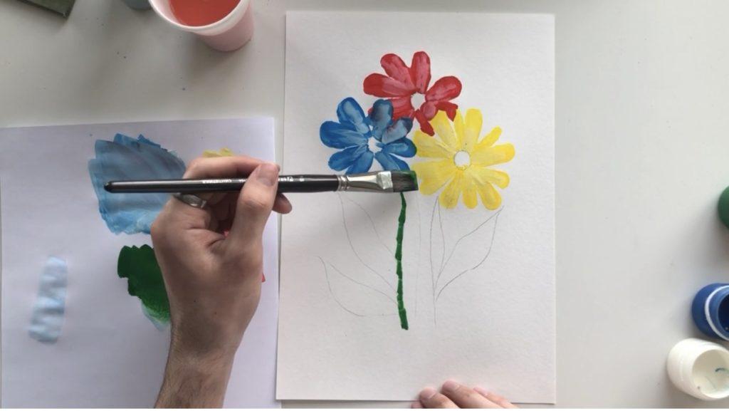 Как научиться рисовать цветы гуашью - этап 3 - фото 2