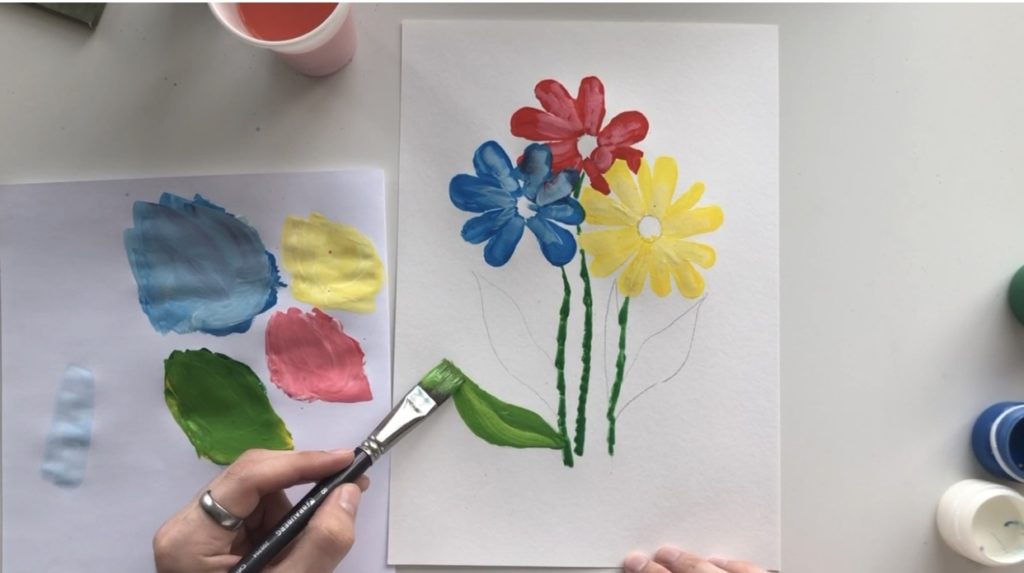 Как научиться рисовать цветы гуашью - этап 3 - фото 4